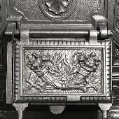 Антикварная чугунная отопительная печь АЧ50